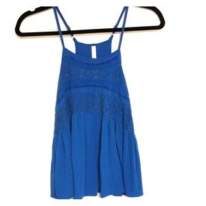 Blue Flowy Crop Top (Size Small)
